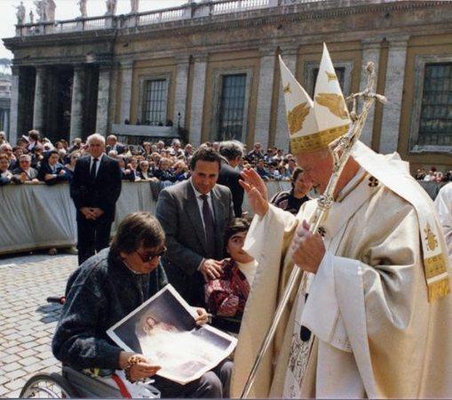 Ugo Festa - Primeiro encontro de Ugo Festa com o Papa João Paulo II