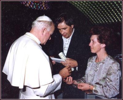 Ugo Festa - Vinte e sete dias depois, curado, Ugo Festa retorna ao Papa para testemunhar a graça alcançada