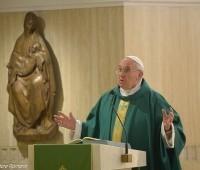 """Papa Francisco: não ser """"cristão pagão"""""""