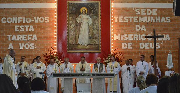 Congregação dos Padres Marianos - Divina Misericórdia