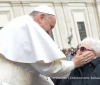Catequese do Papa: a oração dos avós é um grande dom para a Igreja