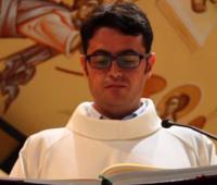 Seminarista com doença terminal recebe ligação do Papa