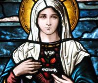 Por que o mês de maio é dedica a Maria Santíssima?
