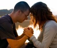 A oração que está transformando a vida dos casais