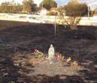 Imagem de Nossa Senhora permanece intacta após incêndio