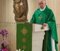 Papa Francisco: Deus chora quando nos afastamos Dele