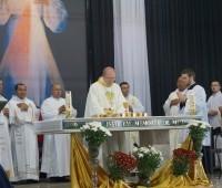 Santa Missa presidida por Dom Peruzzo