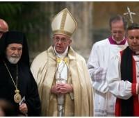 Papa em celebração ecumênica: a misericórdia de Deus renovará as relações dos cristãos