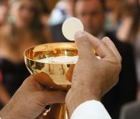 Por que é necessário fazer ação de graças após a comunhão?