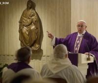 """""""O Cristianismo é a religião do fazer, não do dizer"""", afirma Papa"""