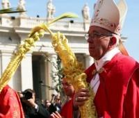 Neste Domingo de Ramos Papa Francisco pediu: renunciemos ao egoísmo, poder e fama