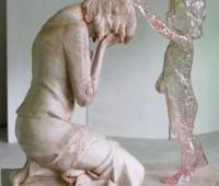 Escultura pró-vida representa esperança às mulheres que sofrem