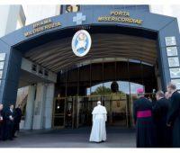Visita do Papa aos Santuários de Santa Faustina e São João Paulo II