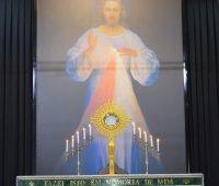 Primeiro dia do Cerco de Jericó no Santuário da Divina Misericórdia