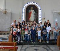 Crianças da catequese Sagrada Família visitam o Santuário