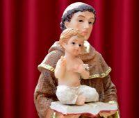 """Vida de fé, amor e simplicidade do """"santo casamenteiro"""""""