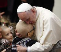 Papa: Obra de Misericórdia é algo mais que uma boa ação