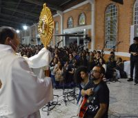 Comunidade Colo de Deus participa do 5º Dia do Cerco de Jericó no Santuário