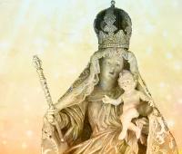 Nossa Senhora da Luz dos Pinhais, padroeira de Curitiba
