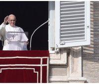 Papa: quem acolhe o convite para vigiar, não se deixa vencer pelo sono do desânimo e falta de esperança
