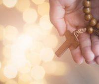 Rosário: oração sob os cuidados da Mãe de Deus