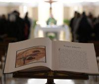 Papa ensina a ter uma oração corajosa e perseverante, a partir da fé