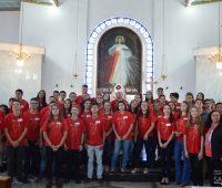 72 pessoas recebem o Sacramento do Crisma no Santuário