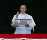 Papa Francisco anuncia 14 novos cardeais