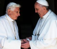 Papa Francisco escreve prefácio de novo livro de Bento XVI