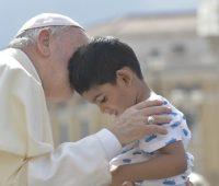 Papa: o mundo tem necessidade de cristãos com coração de filhos