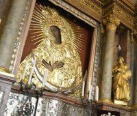 Oração do Papa diante da Mãe de Misericórdia