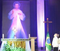 Santuário realiza 24h de oração pelas famílias a pelo Brasil