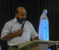 Congresso Mariano: Testemunho de conversão e  consagração a Nossa Senhora