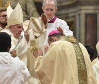 Papa a novos bispos: anunciem a verdadeira Palavra, não discursos que ninguém entende