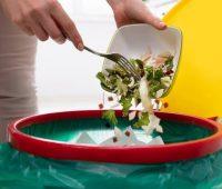 Papa pede que se acabe com o desperdício de alimentos