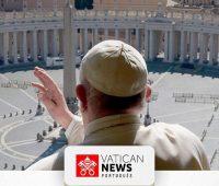 Acompanhe a oração do Papa com a bênção Urbi et Orbi