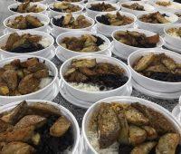 Santuário leva refeições a moradores de rua