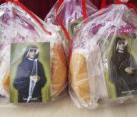 Santuário comemora o Dia de Santa Faustina com kit de bolo