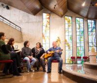 Parceria entre Instituto Marista, Reitoria da PUCPR e Arquidiocese de Curitiba oferece curso de teologia com preço acessível