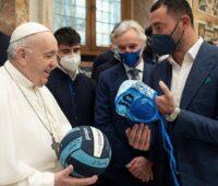 Santo Padre diz que o esporte desperta o melhor nas pessoas