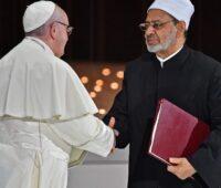 """""""Fraternidade significa ouvir com o coração aberto"""" salienta o Papa Francisco"""
