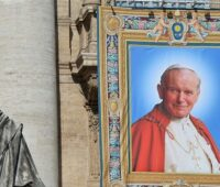 Há sete anos Papa Francisco canonizava João Paulo II