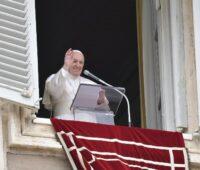 """""""Viver a unidade, mesmo na diferença"""", diz Papa no Domingo da Santíssima Trindade"""