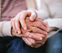Papa Francisco: os avós e os idosos não são sobras de vida, para jogar fora